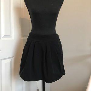 Diane von Furstenburg black pleated skirt